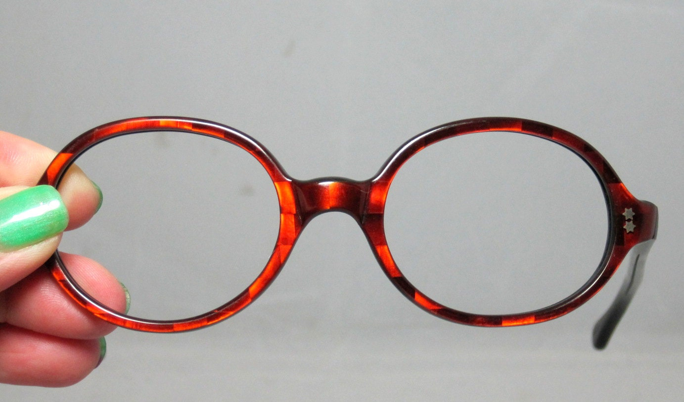 vintage eyeglasses 60s oval colored frames with 3d