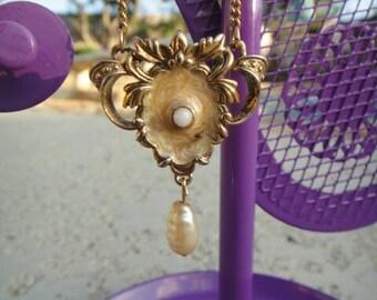 Beautiful Vintage dangle necklace dangle charm pendant