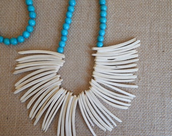 Coconut wood bib necklace with turquoise wood beads, beach chic, layering necklace, summer fashion, white wood tusks, bib necklace