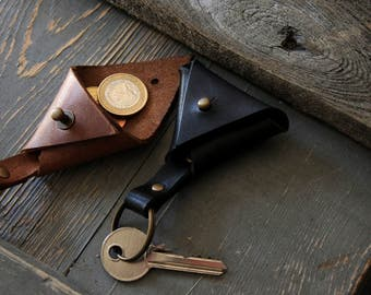 Leather keychain, Leather key holder, Triangle key fob, Small coin holder, Leather key ring