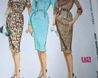 Classic 1960's Style Wiggle Dress Pattern---McCalls 5553---Size 14 Bust 34 UNCUT