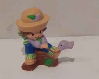 Vintage Strawberryland Miniature Huckleberry Catching a Fish Kenner 1980