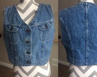 "90's ""Lee"" Cropped Jean Vest Size Large"