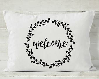 Welcome Pillow Cover - Quote Pillow - Decorative Throw Pillow Cover - Wreath Pillow