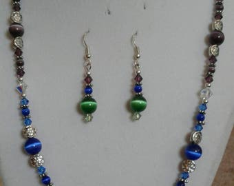 Tri-colored necklace and earring set