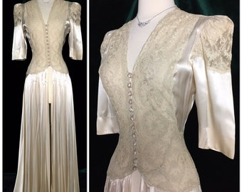 STUNNING Art Deco 1930's 1940's Liquid Satin Luxurious lace Robe Peignoir