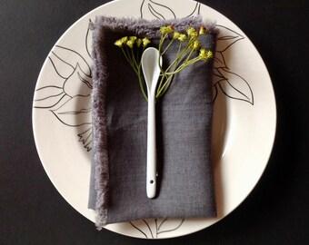 Grey Linen dinner napkins (6), Dark grey napkins, Charcoal napkins, Eco friendly napkins, Grey washable napkins, Organic napkins