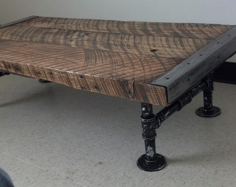 Quarter Sawn Wood Coffee Table Reclaimed Wood Industrial Pipe Legs Metal Edges
