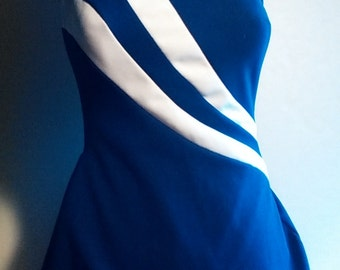 Vintage swimsuit by Robby Len--- gorgeous !  navy and white acrylic 12/14