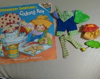 Vintage strawberry shortcake lot