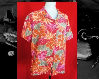 hibiscus HAWAIIAN BLOUSE, 70s womens red orange pink floral blouse, size 2X short sleeve hibiscus 70s vintage colorful vintage blouse,