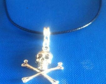 "SKULL & CROSSBONES Pirate pendant on 18"" black leather necklace"