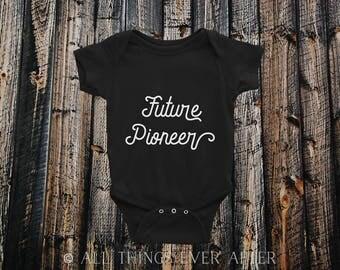 Future PIONEER ONSIE | JW | Jehovah's Witnesses | Baby Shower Gift Present | Newborn Bodysuit Shirt | Black | White | Unisex