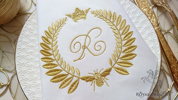 Machine embroidery design napoleonic bee blank monogram