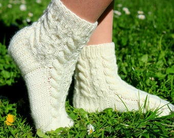 Ready to ship Baby Booties Girl Knitting Wool Handmade