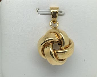 14K Yellow Gold Knot Pendant