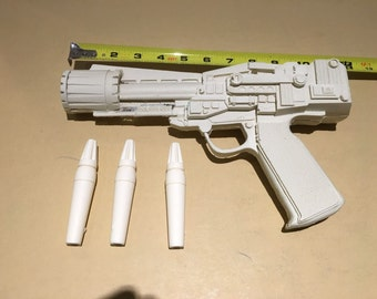 Movie prop memorabilia SciFi Battlestar Galactica bsg colonial blaster cosplay recharge cylinders