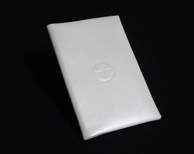 Passport Travel Wallet - White - Kangaroo leather with RFID Passport and Credit Card chip blocking - Handmade - James Watson