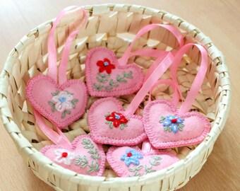 Petits coeurs Petite décoration Cadeau pour aimée Déco coeur rose Coeur pendentif coeur pour petite amie Cadeau de Pâques Coeur à suspendre