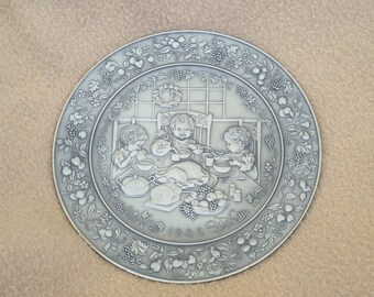 Hallmark Little Gallery Pewter Plate 1985