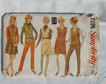 Vintage dressmaking pattern, Simplicity 7795, jumper or top, skirt and pants, size 36 inch bust, 1968