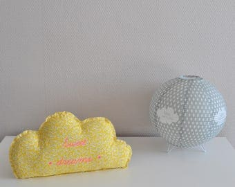 Decorative white and yellow cotton cloud