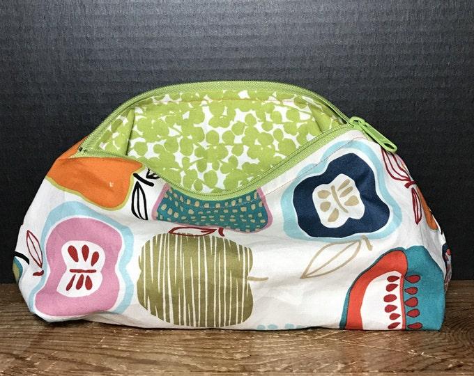Colorful Apple Artsy Bag | make up bag, fun bag, money bag, cosmetic bag, everything bag, zipper pouch, Plum & Khloe designs bag