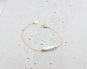 ICELAND Bracelet with natural White Turquoise with marble effect and 14k dainty gold filled chain