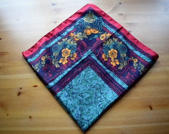 Vintage floral print polyester scarf