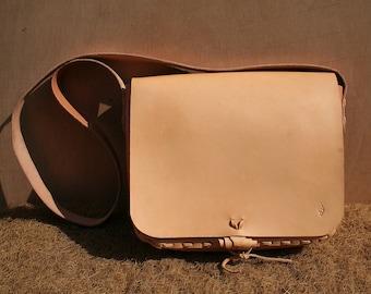 Shoulder bag Hirtentasche pure leather unique