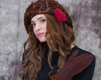 Brown Merino Wool Felted Beret Cap hat and Mittens. Warm Christmas present, gift for her.