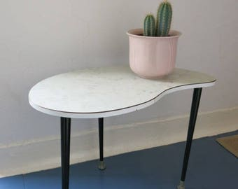 Vintage Modernist Mid Century Kidney Plant Table 20th Century Plant Stand