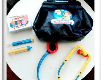 Vintage 1987 Fisher Price Medical Kit Doctors Black Bag with accessories! Collectors