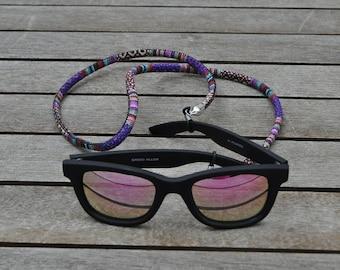 Ethnic round glasses cord