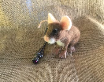 Needle Felted little brown mouse