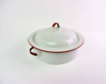 Enamelware casserole / roasting pan / tin, lidded, shabby, chippy,  red and white