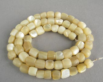 Antique mother of pearl beads, Vintage nacre beads, Mother of Pearl beads, Art Deco bead necklace