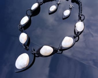 Buffalo Horn Jewelry Organic Horn Necklace and Earrings - Shells