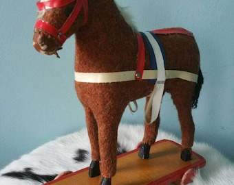 Lovely vintage brocante horse on wheels pull toy! Made in GDR 1950 1960