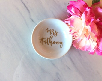 Mrs. Personalized Ring Dish, Jewelry Holder / Dish, Engagement Gift for her