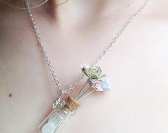 Mini Bouquet Necklace