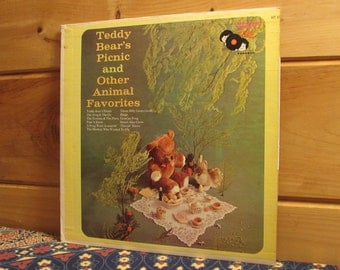 VERY RARE!!!  Teddy Bear's Picnic And Other Animal Favorites - 33 1/3 Vinyl Record