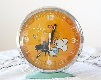 Vintage table clock Animated elephant clock Wind up alarm clock desk clock chinese clock Gift for pianist piano music lover Nursery decor