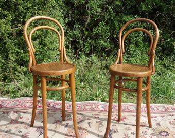 Pair of Vintage Bentwood Chairs, 2 Original Antique Bent Wood Hooped Bar Stools, Rare 'Mundus & Kohn' Bentwood Vintage Chairs