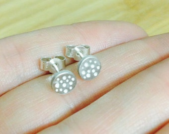Tiny polkadot circle stud earrings. Cute small dotty polkadot earrings. Fine and Sterling silver, women and children.