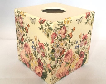 Decoupage tissue box, wooden, vintage pink floral, tissue dispenser, bedroom decor, Mothers Day Gift, mums sisters aunties grandmas