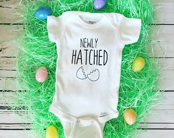 Newly Hatched Onesie, Easter Onesie, Baby's First Easter, Easter Baby, Custom Onesie, Baby Shower Gift, Easter Bodysuit, Baby Boy, Baby Girl