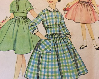 Vintage 1950's SIMPLICITY PATTERN #3101 Girls Dress with detachable collar and cuffs size 7 Girls
