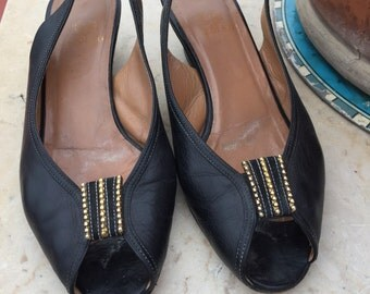 1950 vintage shoes//50//black peep toe slingback shoes years pump