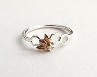 Bee honeycomb ring, bumblebee silver ring, delicate modern ring, nature wildlife ring, hexagon geometric ring, beehive jewellery, honey bee
